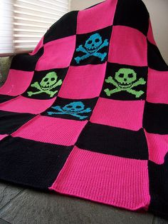 idea for afghan with team colored yarn...free pattern