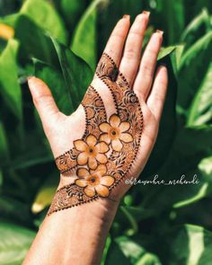 Floral Henna Designs, Henna Tattoo Designs Simple, Simple Arabic Mehndi Designs, Mehndi Designs Feet, Latest Bridal Mehndi Designs, Stylish Mehndi Designs, Mehndi Designs 2018, Mehndi Designs Book, Mehndi Designs For Beginners