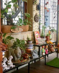 Apartment patio landscaping balconies 42 new ideas Decor, Outdoor Entryway, Indian Home Decor, Balcony Decor, Indian Decor, Fence Art, Front Verandah, Home Decor, Small Covered Patio
