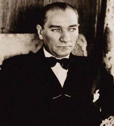 1881-1915 yılları arası Atatürk albümü / 1 Foto Galeri Haberi için tıklayın! En ilginç ve güzel haber fotoğrafları Hürriyet'te!