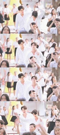 """the series❤ ❤Vì chúng ta là một đôi ❤ """"𝙄 𝙝𝙖𝙫𝙚 𝙗𝙚𝙚𝙣 𝙞𝙣𝙩𝙤𝙭𝙞𝙘𝙖𝙩𝙚𝙙 𝙗𝙮 𝙩𝙝𝙚𝙞𝙧 𝙡𝙤𝙫𝙚 ! (⸝⸝⸝ᵒ̴̶̷̥́ ⌑ ᵒ̴̶̷̣̥̀⸝⸝⸝) Tine x Sarawat Cute Gay Couples, Real Couples, Gay Aesthetic, Bright Pictures, College Boys, Thai Drama, My Darling, Boys Who, Seventeen"""
