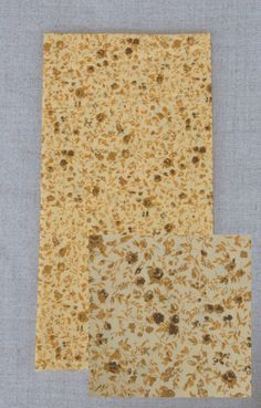 ESGOTADO - NA162 Mostarda flor marrom - As cores dos produtos podem sofrer pequenas variações em função do monitor.
