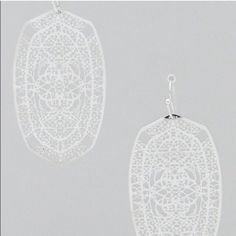 Silver Tone Filigree Design Earrings Silver Tone Filigree Design Earrings Jewelry Earrings