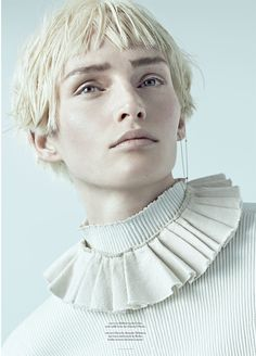 VIVIEN SOLARI BY SCOTT TRINDLE FOR TWIN MAGAZINE 10 #elizabethan beauty