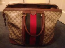3c2baf33d2fea3 Vintage Gucci Duffle Bag Luggage Antique Authentic And Gorgeous Vintage  Gucci, Vintage Luggage, Luggage