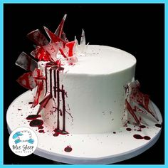 Bloody Glass Birthday Cake 2019 Bloody Glass Birthday Cake Blue Sheep Bake Shop The post Bloody Glass Birthday Cake 2019 appeared first on Birthday ideas. Halloween Desserts, Scary Halloween Cakes, Scary Cakes, Dulces Halloween, Bolo Halloween, Halloween Torte, Pasteles Halloween, Halloween Birthday Cakes, Halloween Food For Party