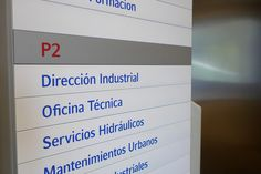 Decoració i senyalització de les oficines d'ACSA Industrial
