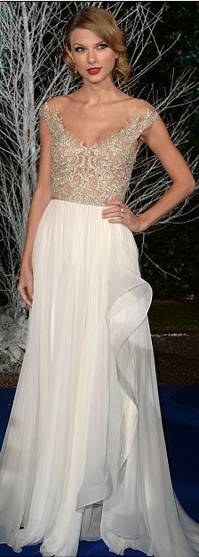 Taylor Swift in Reem Acra. Perfect for red carpet or very casual wedding.