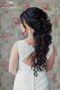 свадебные прически с объемом на затылке - в греческом или романтичном стиле фото