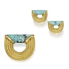 18 KARAT GOLD AND TURQUOISE BROOCH AND EARCLIPS, CHRISTOPHER WALLING