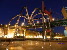 """Bilbao. Guggenheim. """"Maman""""."""