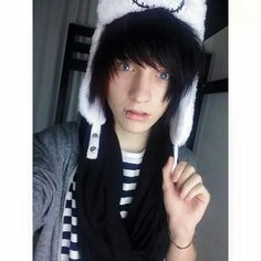 Johnnie guilbert WOW he's gorgeous