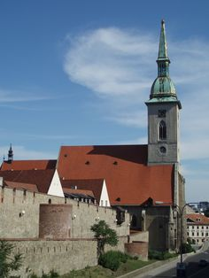Martin Cathedral where Mary Therese was made a queen of Hungary:) River Cruises In Europe, Danube River Cruise, Bratislava Slovakia, European Countries, Most Beautiful Cities, Queen, Old City, Czech Republic, Hungary