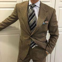 Coconut SB. #men #menstyle #menswear #mensfashion #napoli #sprezzatuza #mensclothing #bespoke #dandy #gentleman #mensaccessories #mensstyle #tailor #milano #fashion #menwithclass #italy #style #styleformen #wiwt #suit #dapper #menwithstyle #ootd #daily #moda #stile #elegance #classy #mnswr