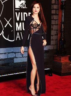 Selena Gomez in Atelier Versace at the MTV VMA's 2013