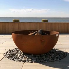 Top 60 Best Metal Fire Pit Ideas - Steel Backyard Designs - - Gather around a crackling fire with the top 60 bets metal fire pit ideas. Explore unique steel, copper and iron backyard designs from round to rectangular. Cast Iron Fire Pit, Metal Fire Pit, Cool Fire Pits, Wood Burning Fire Pit, Fire Fire, Diy Propane Fire Pit, Fire Pit Grill, Fire Pit Bench, Fire Pit Seating