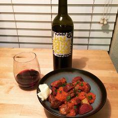 "Member serialreader13: ""2016 wine pairing meal no. 11: Patatas Bravas with 2012 Un Paso Más Red Blend. Simple yet delicious! "" Wine Delivery, Instagram Posts"