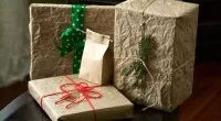 Brown Paper Packages Tied up with String Green Gifts, Environmentally Friendly Gifts, Holiday Gifts, Holiday Decor, Recycled Gifts, Present Wrapping, Wrapping Ideas, Sustainable Gifts, Wrap Gifts