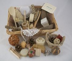 A super selection of natural objects that babies prefer to the brightly coloured plastic toys they are often presented with. These objects offer much more scope for discovery and learning covering a spectrum of different weights, textures and sizes. The standard basket is ideal for one baby, whereas the group basket, is ideal for nursery use Baby Sensory, Sensory Bins, Sensory Play, Montessori Activities, Infant Activities, Montessori Baby, Heuristic Play, Treasure Basket, Benjamin Bunny