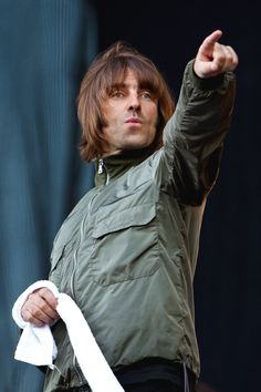 Liam Gallagher (Oasis, Beady Eyes) 2011