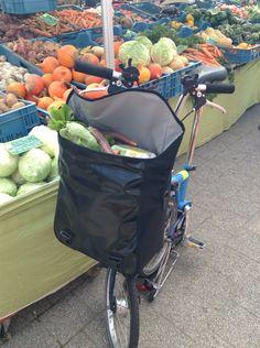 Organic market shopping