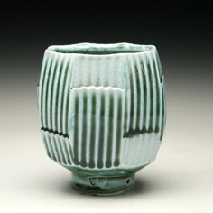 Jeff Oestreich click now to see more. Ceramic Bowls, Ceramic Pottery, Pottery Art, Ceramic Art, Pottery Designs, Pottery Ideas, Clay Mugs, Keramik Vase, Pottery Sculpture