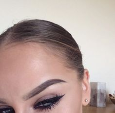Her makeup is on point Want more makeup ? Follow @amournai