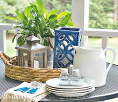 Find out why trays are the ultimate home decorators weapon. Trays are one of the most versatile weapons in your home decor arsenal. Outdoor Table Centerpieces, Outdoor Table Decor, Dining Centerpiece, Porch Table, Deck Table, Outdoor Table Settings, A Table, Centrepiece Ideas, Candle Centerpieces