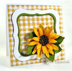 KC Sizzix Flower Sunflower 1 right Hand Made Greeting Cards, Making Greeting Cards, Greeting Cards Handmade, Card Making Inspiration, Making Ideas, Paper Sunflowers, Sunflower Cards, Elizabeth Craft, Fall Cards