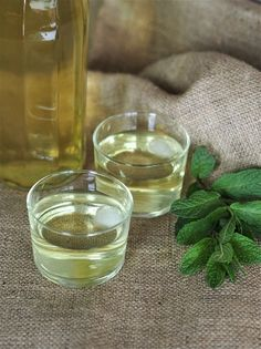 Homemade fresh mint syrup Super quick and easy. And natural with no food colourings and no preservatives. Few ingredients, just water, fresh mint and sugar. The result is a very refreshing drink with a nice bright mint flavor or aroma without being too sweet. Recipe from @mpkitchen