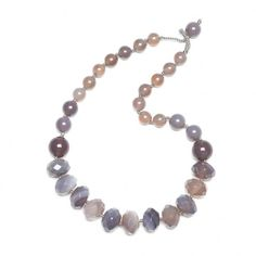 Jewellery & Gifts from Lola Rose, Dogeared, Daisy London, Satya, Bombay Duck and many more. Agate Necklace, Beaded Necklace, Daisy London, Lola Rose, Jewelry Gifts, Grey, Collection, Beaded Collar, Gray