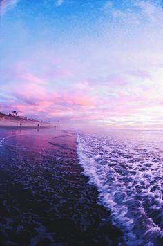 Viver as vezes requer se afogar num oceano de amor - Stefany