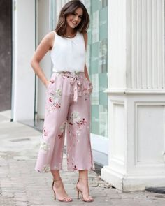 New Fashion Classy Boho Summer Outfits Ideas Boho Summer Outfits, Spring Dresses Casual, Classy Outfits, Spring Outfits, Trendy Outfits, Dress Casual, Classy Women's Clothes, Trendy Fashion, Summertime Outfits