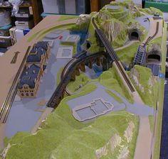 N scale cars N Scale Train Layout, N Scale Layouts, N Scale Model Trains, Model Train Layouts, Scale Models, Helix Models, Model Training, Model Railway Track Plans, Garden Railroad