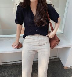 Korean Girl Fashion, Korean Fashion Trends, Korean Street Fashion, Ulzzang Fashion, Look Fashion, Korean Fashion School, Korean Casual Outfits, Cute Casual Outfits, Stylish Outfits