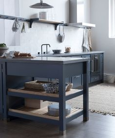 Cool Classic kitchen in the model Trolle painted in Ocean Blue on ash English Cottage Kitchens, English Cottage Style, Kitchen Cart, Kitchen Dining, Future House, Home Kitchens, Kitchen Remodel, Interior Design, Cool Stuff