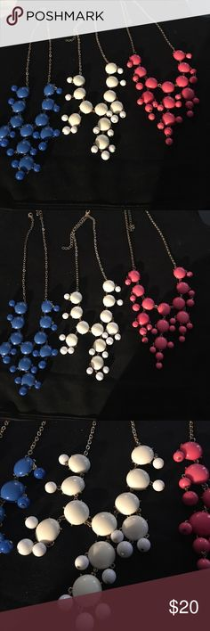 ❤️3 statement drop necklaces!🎉 Beautiful statement necklaces! They are great colors and will surely spice up a Black dress or kick up a boring pair of jeans and simple top! Happy Poshing! Accessories