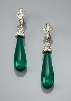 Gorgeous Kenneth Jay Lane earrings.
