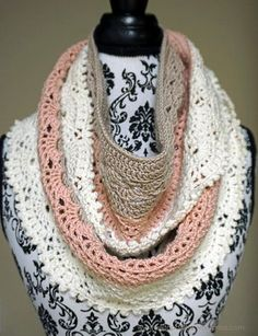 This pattern was originally hosted as a 3-day crochet along (CAL) over Dec 9-11, 2016 by CAL - Crochet A Long group on Facebook.