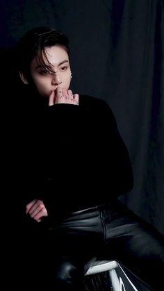 Jungkook Selca, Maknae Of Bts, Jungkook Oppa, Bts Bangtan Boy, Namjoon, Foto Jungkook, Foto Bts, Bts Photo, Jung So Min