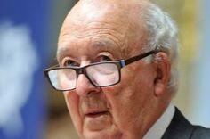 Peter Brown: «Nada es inevitable entre cristianos y musulmanes». A punto de cumplir 82 años, el historiador irlandés goza de una lucidez y una vitalidad que le permiten dar lecciones de tolerancia en un mundo cada día más radical y radicalizado. Laura Revuelta | ABC, 2017-04-17 http://www.abc.es/cultura/cultural/abci-peter-brown-nada-inevitable-entre-cristianos-y-musulmanes-201704170128_noticia.html