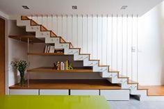 Under stair storage ! Staircase Storage, House Staircase, Interior Staircase, Stair Storage, Staircases, Home Stairs Design, Home Room Design, Home Interior Design, House Design