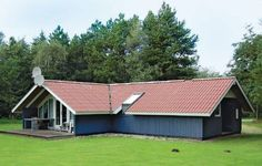 Holiday home Nordskr�nten XI Oksb�l Holiday home Nordskr?nten XI is located in Oksb?l. The property can accommodate up to six guests.  The property provides satellite-TV, video player and CD player. At the holiday home you will also find a sauna, solarium and a whirlpool.