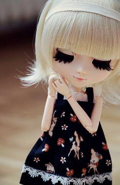 Imagem de doll, girl, and dress Ooak Dolls, Blythe Dolls, Divas, Kawaii Doll, Dream Doll, Living Dolls, Smart Doll, Creepy Dolls, Little Doll