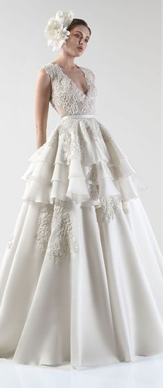 Sleeveless V neck Layered ball gown wedding dress : Basil Soda bridal gown #wedding #weddingdress #weddinggown #bridedress