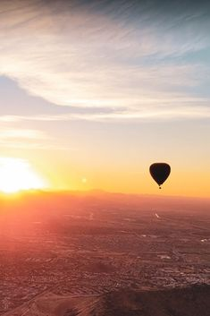 We have officially finished our Sunset flight season. . We still fly every morning (weather permitting) and believe us, a Sunrise is something you don't want to miss! ☀️ . We'll see you in the afternoons again later this year! Air Balloon Rides, Hot Air Balloon, New Mexico, Places To See, Airplane View, Phoenix, Arizona, Colorado, Things To Do