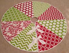Adorable Christmas tree skirt | holidays | Pinterest | Tree skirts ...