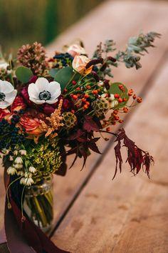 Wedding Flowers In Season: October Wedding Flowers   CHWV