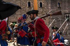 "#miqueletsCAT a ""Girona Resisteix-2014"" Revolutionaries, Troops, History, My Love, Cats, Culture, Historia, Gatos, Kitty Cats"