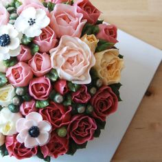 작약 블라썸 케익.. ♥  #플라워케익#플라워케이크#flowercake#buttercreamcake#버터플라워케이크#버터크림케이크#flower#작약#peony#피오니#작약블라썸#꽃#꽃스타그램#cake#케이크#베이킹#홈메이드#baking#homebaking#홈베이킹#먹스타그램#맛스타그램#베이킹스튜디오#베이킹클래스#케익클래스#케이크클래스#플라워케익클래스#bakingstudio#studioru#스튜디오루